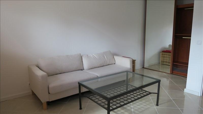 Rental apartment Puteaux 750€ CC - Picture 2