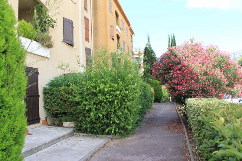 Sale apartment La valette du var 242 000€ - Picture 1