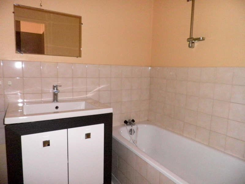 Location appartement Tence 320,75€ CC - Photo 3