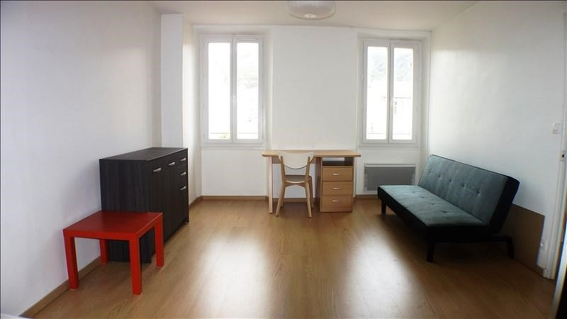 Verhuren  appartement Toulon 460€ CC - Foto 1
