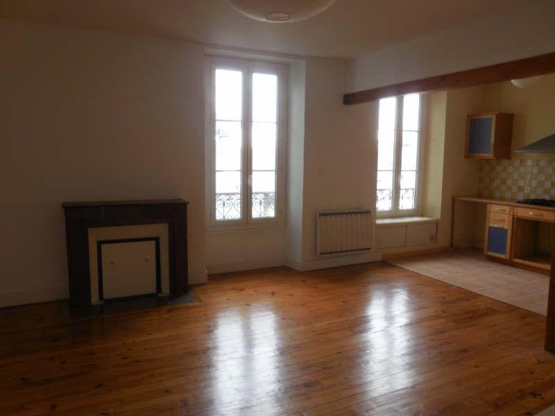 Sale apartment Pau 149800€ - Picture 2