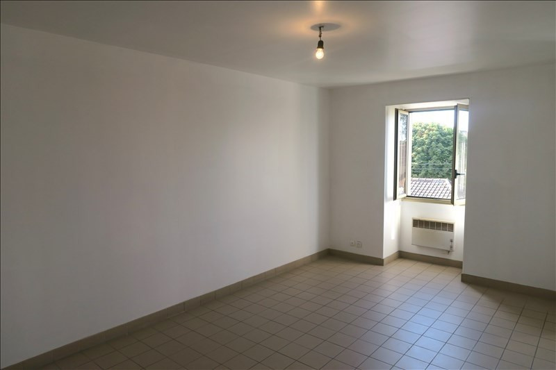 Rental apartment Epinay sur orge 560€ CC - Picture 2