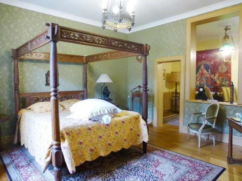 Deluxe sale house / villa Nontron 682500€ - Picture 9