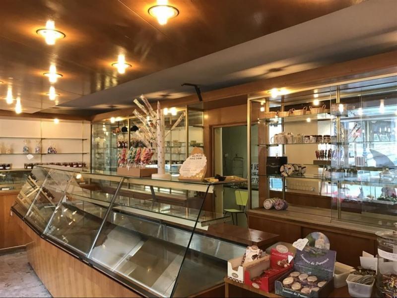 Boutique 60m² Saint-Martin-Vésubie  Boutique 60m² Saint-Martin-Vésubie  Boutique 60m² Saint-Martin-Vésubie  Boutique 60m² Saint-Martin-Vésubie