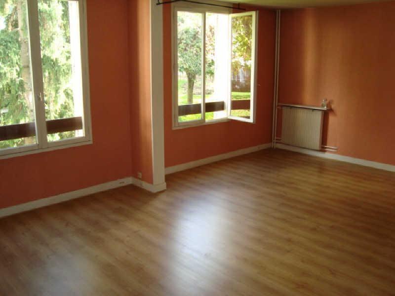 Rental apartment Louveciennes 1072€ CC - Picture 3