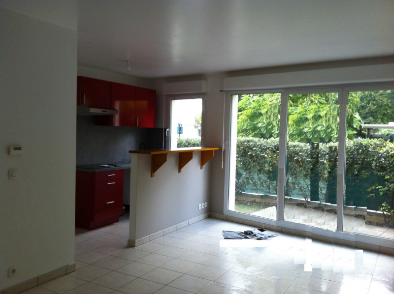 Sale apartment Poissy 194000€ - Picture 1