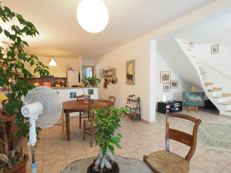 Sale house / villa Aigues mortes 330000€ - Picture 1