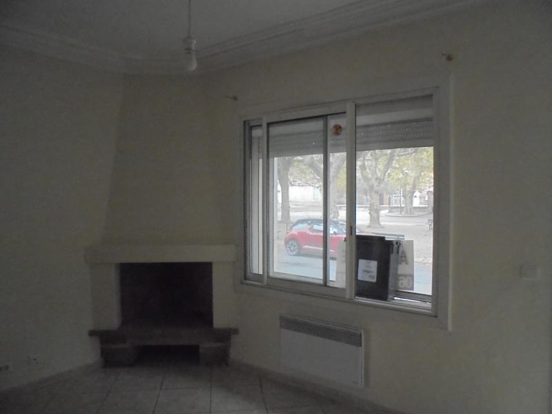 Investment property house / villa Aimargues 133 000€ - Picture 3