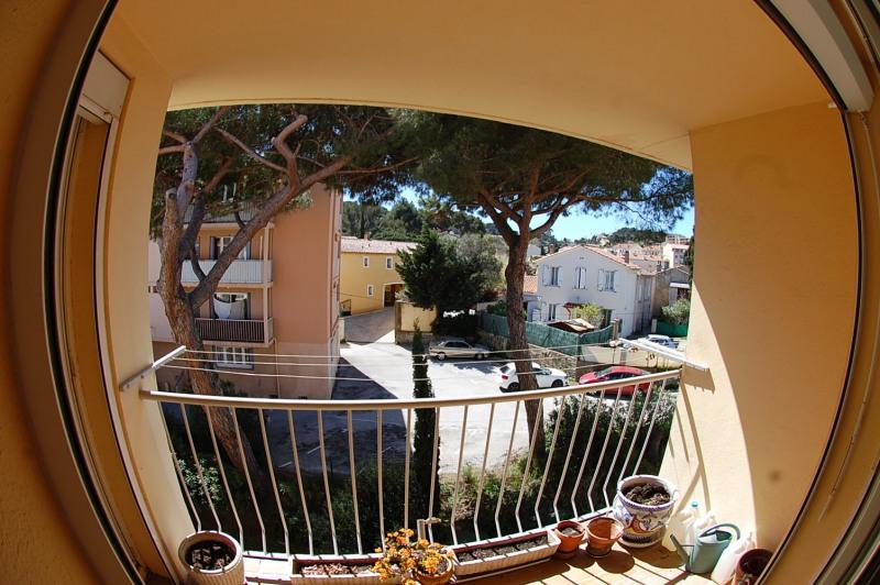 Sale apartment La seyne sur mer 150000€ - Picture 2