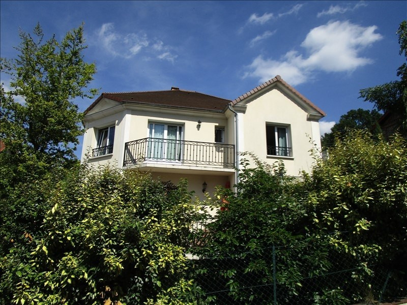 Sale house / villa Montlignon 670 000€ - Picture 1