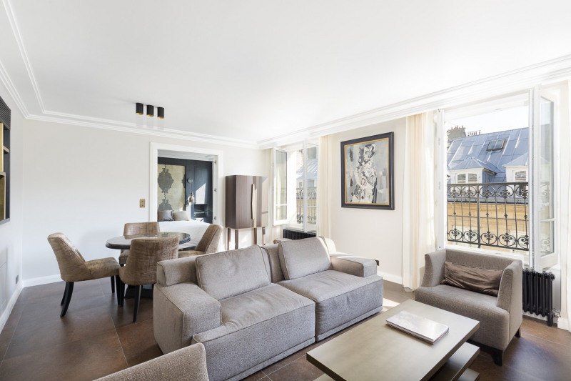 Vente de prestige appartement Paris 8ème 1 890 000€ - Photo 2