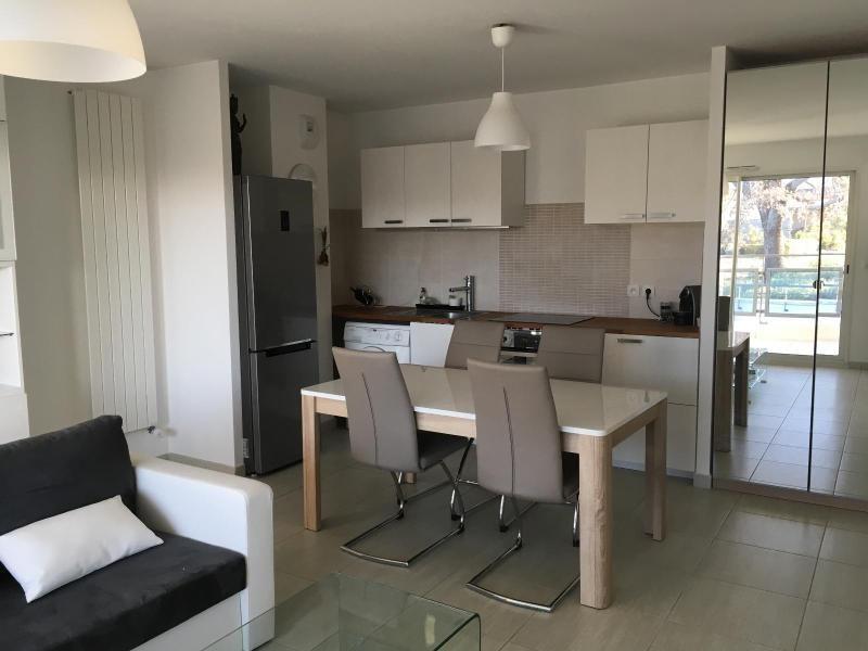 Location appartement Aix en provence 1075€ CC - Photo 1