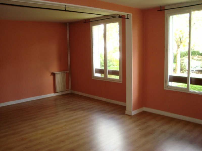Rental apartment Louveciennes 1072€ CC - Picture 2