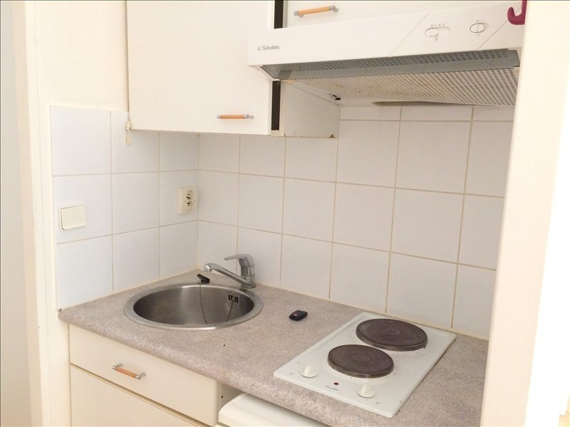 Location appartement La rochelle 419€ CC - Photo 3