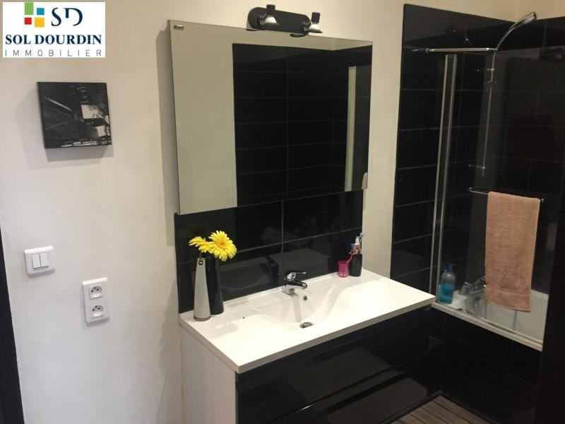 Sale apartment Roanne 126000€ - Picture 3