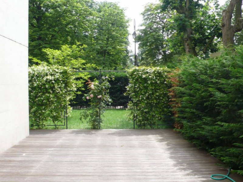Deluxe sale apartment Neuilly-sur-seine 560000€ - Picture 2