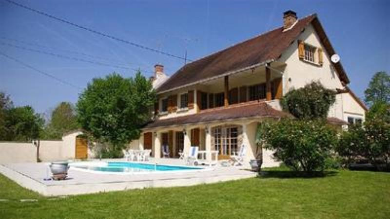 Sale house / villa Varreddes 446 000€ - Picture 1