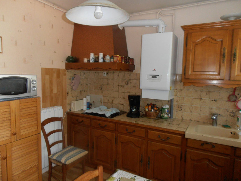 Sale house / villa Magnac sur touvre 118800€ - Picture 4