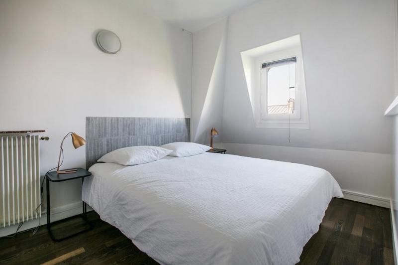 Location appartement Paris 8ème 1470€ CC - Photo 3