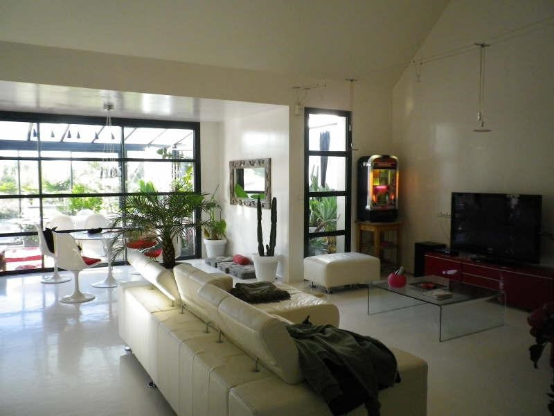 Sale house / villa Etauliers 275 000€ - Picture 1