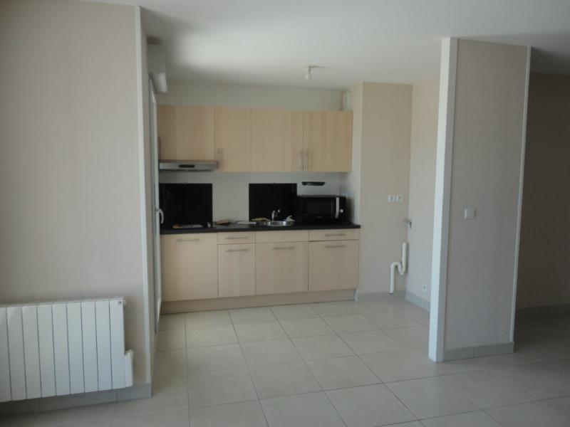 Rental apartment Francheville 829€ CC - Picture 6