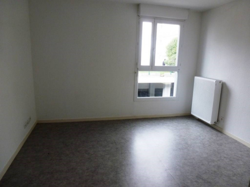 Location appartement Grenoble 330€ CC - Photo 3