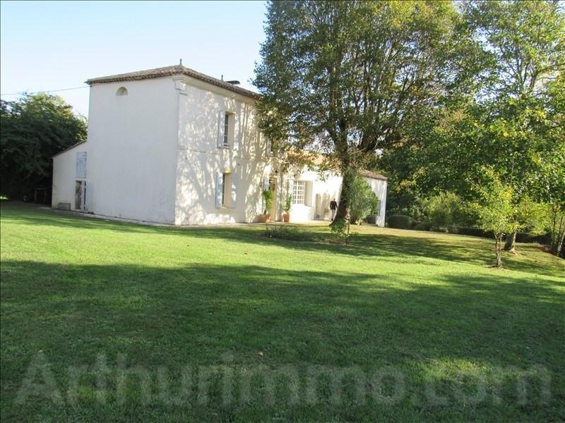 Sale house / villa Branne 415000€ - Picture 1