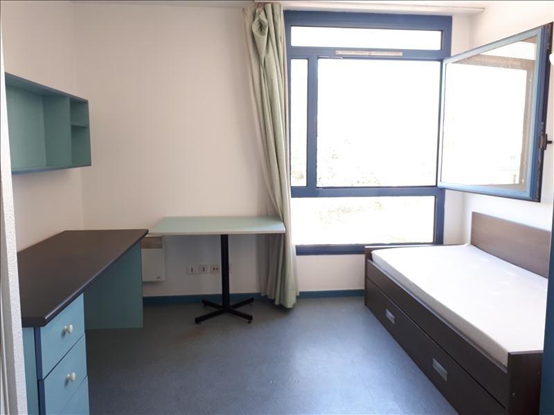 Location appartement Toulon 442€ CC - Photo 1