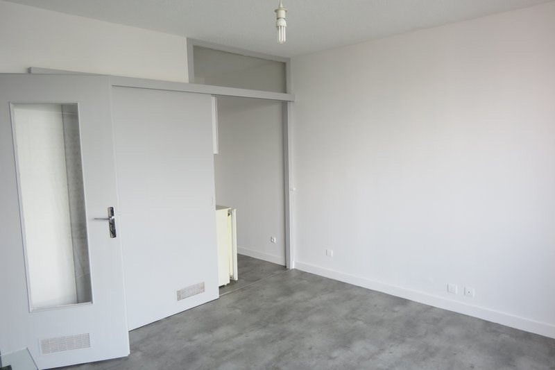 Location appartement St lo 290€ CC - Photo 3