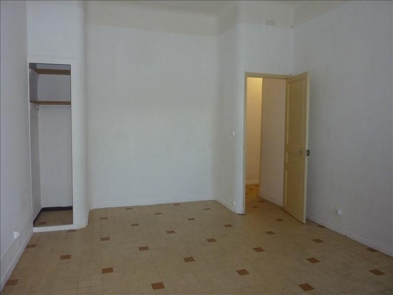 Rental apartment Marseille 4ème 500€ CC - Picture 1