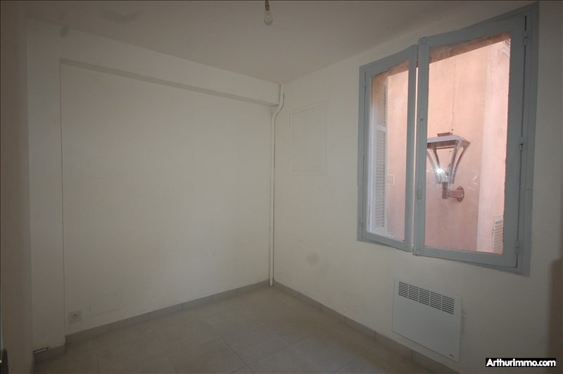Rental apartment Frejus 495€ CC - Picture 4