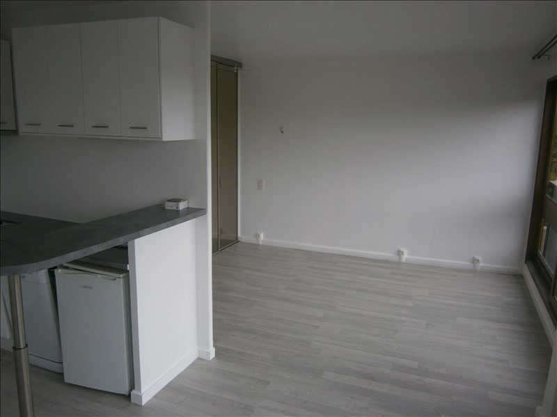 Location appartement Le chesnay 760€ CC - Photo 1