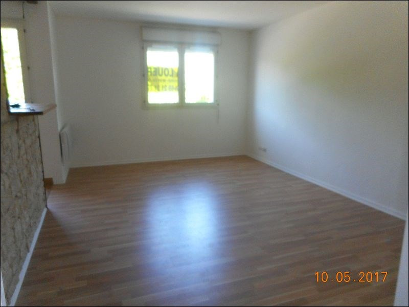 Rental apartment Draveil 634€ CC - Picture 1