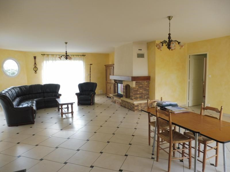 Vente maison / villa Le fief sauvin 210000€ - Photo 2