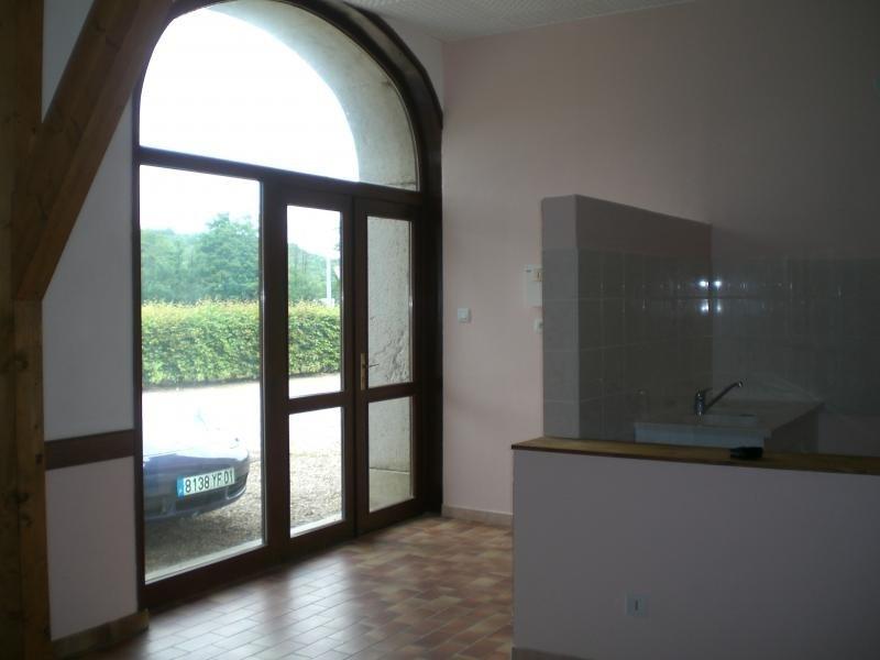 Rental apartment Sonthonnax la montagne 300€ CC - Picture 2