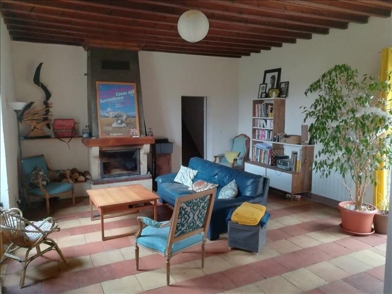 Rental house / villa Landiras 800€ CC - Picture 1