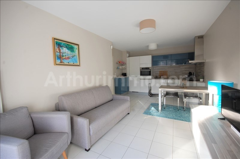 Sale apartment Roquebrune sur argens 283 000€ - Picture 2