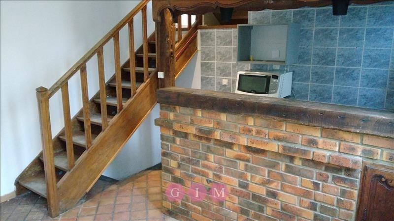 Location maison / villa Poissy 890€ CC - Photo 2
