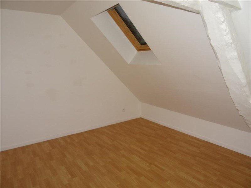 Rental apartment Neuilly en thelle 525€ CC - Picture 1