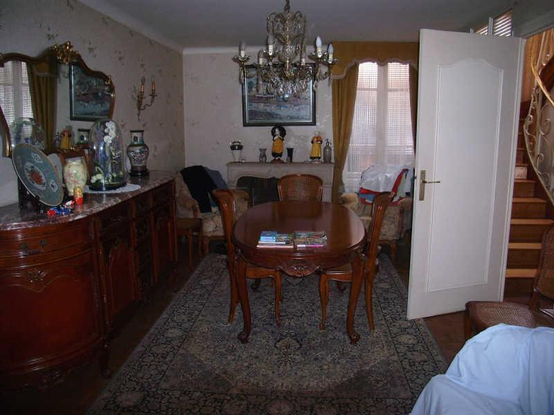Sale house / villa Pont croix 141 210€ - Picture 3