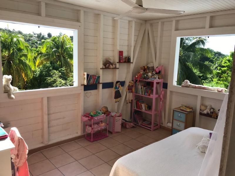 Sale house / villa Le françois 351750€ - Picture 6