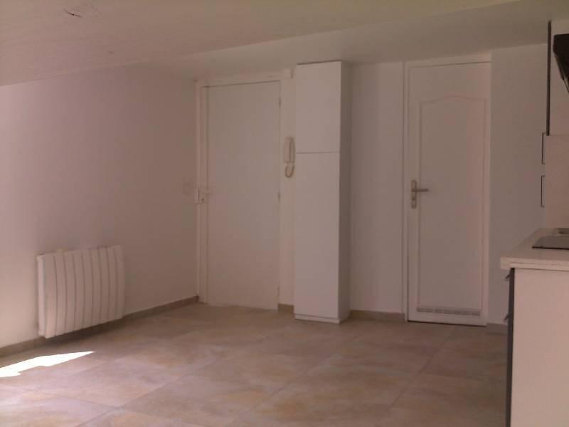 Rental house / villa Meaux 695€ CC - Picture 4