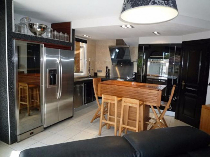 Vendita appartamento Pélissanne 308000€ - Fotografia 5