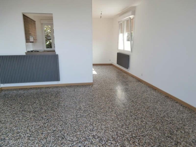 Alquiler  apartamento Salon 745€ CC - Fotografía 3