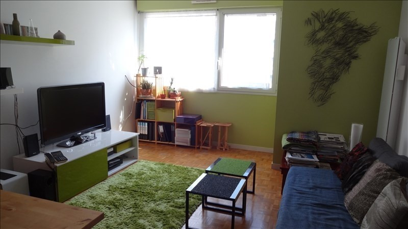 Rental apartment Montrouge 1190€ CC - Picture 1