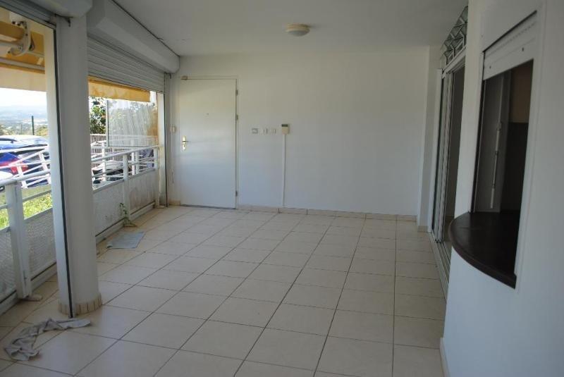 Sale apartment Le lamentin 216000€ - Picture 2