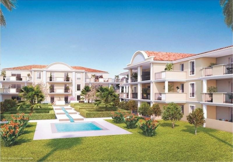 Sale apartment Bormes les mimosas 244000€ - Picture 1