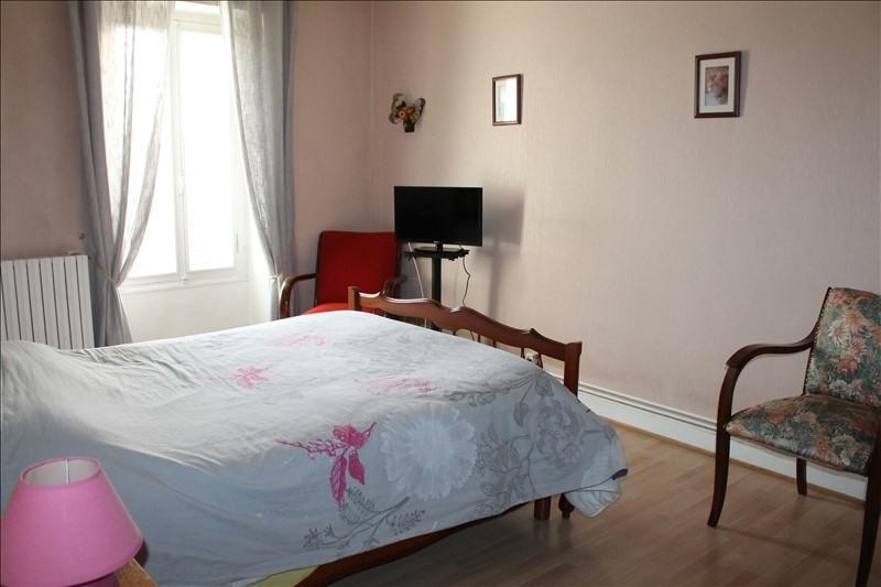 Sale house / villa Langon 337600€ - Picture 10