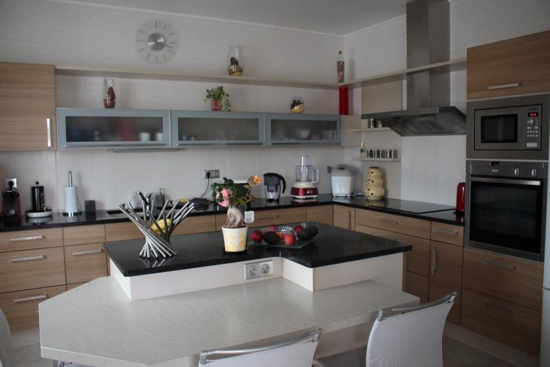 Sale house / villa Chateau d olonne 325500€ - Picture 4