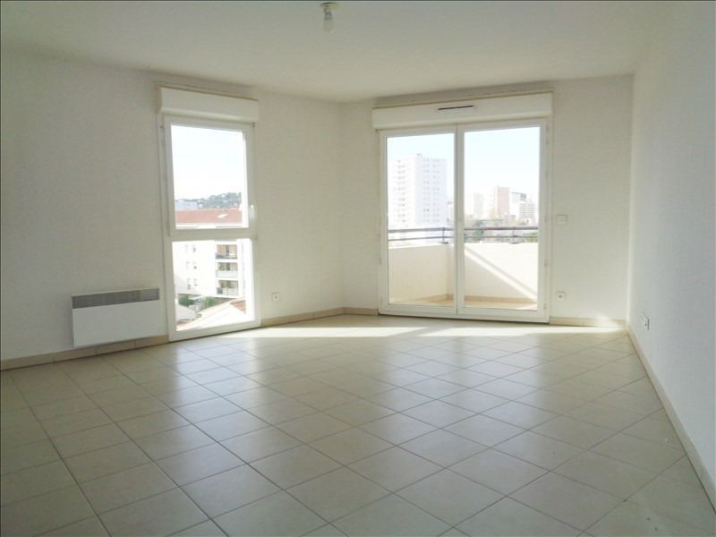 Location appartement Seyne sur mer 550€ CC - Photo 1